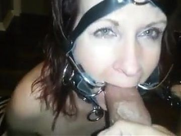 Bondage slave gets cum in mouth
